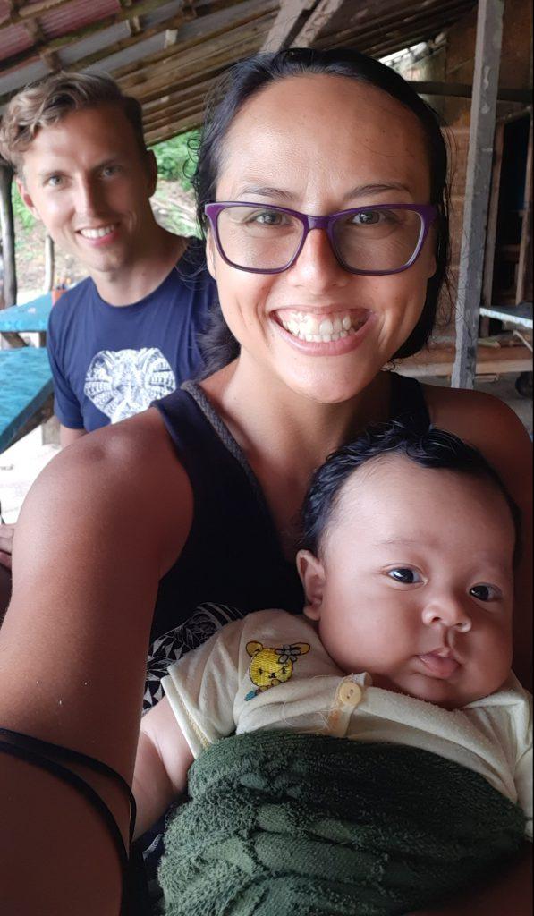 S místním miminkem v Padangbai